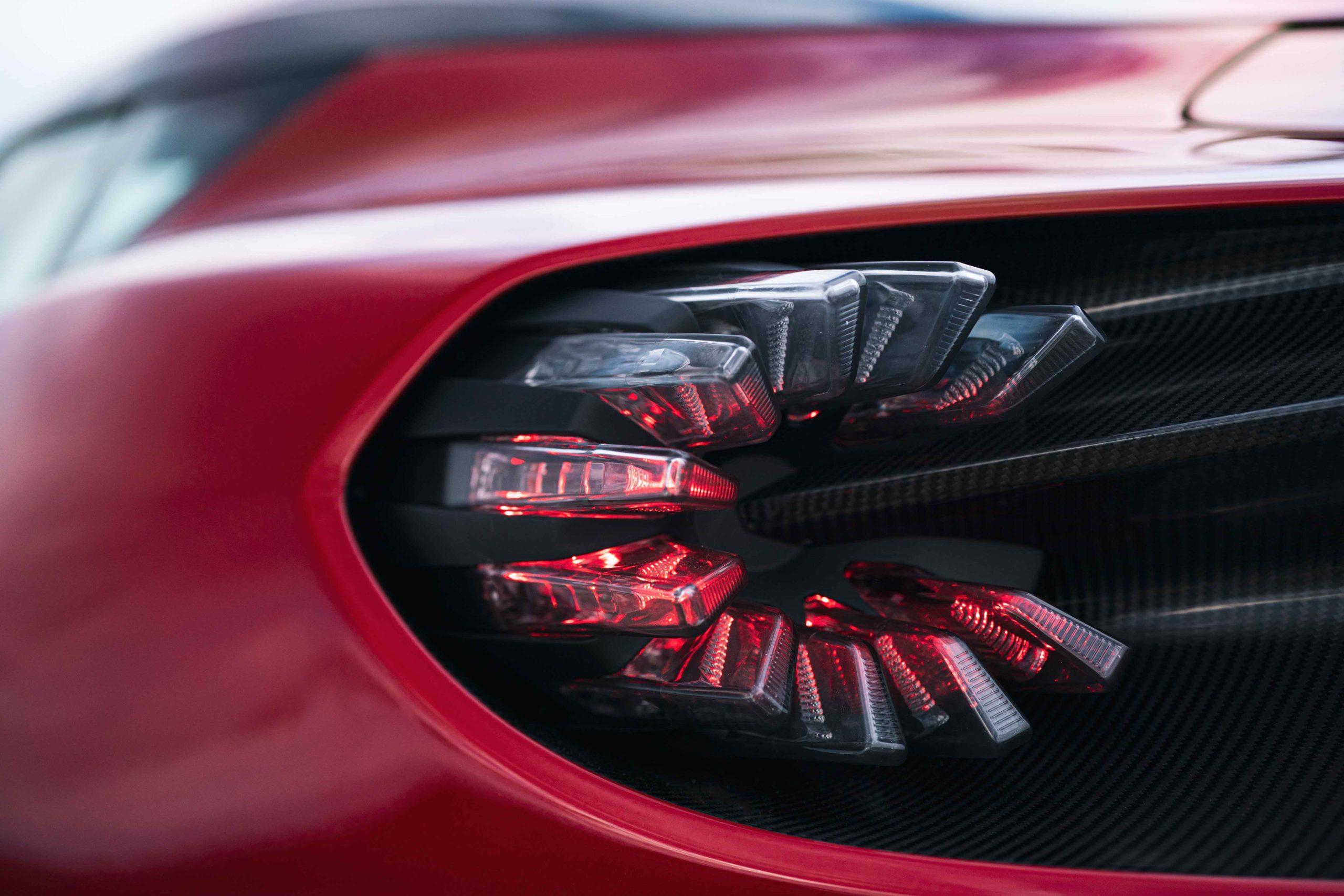 Aston Martin Dbs Gt Zagato Nautika Present